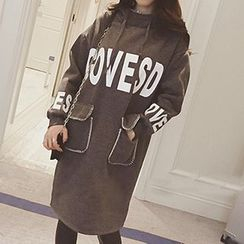 Jolly Club - Pocket-Accent Lettering Hooded Long Pullover