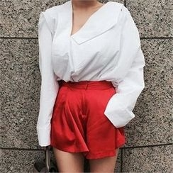 LIPHOP - Asymmetric Blouse