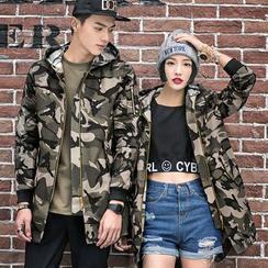 Evolu Fashion - 情侣迷彩连帽外套