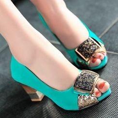 Kireina - Faux-Suede Chunky-Heel Sandals