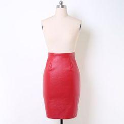 V-MAY - 仿皮鉛筆裙