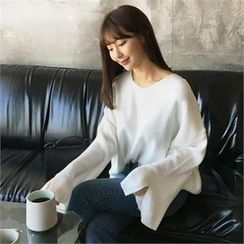 QNIGIRLS - V-Neck Slit-Sleeve Knit Top