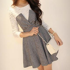 Dowisi - Mock Two-Piece Houndstooth Dress