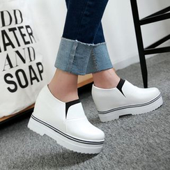 JY Shoes - Hidden Wedge Slip Ons
