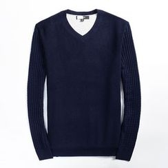 EDAO - V-Neck Sweater