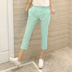 Blue Court - Pleated Cropped Pants