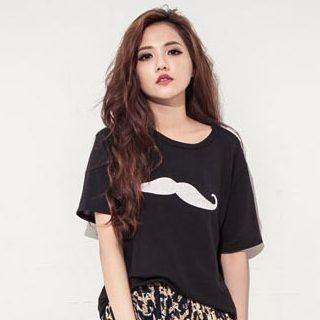 D.P-Shop - Mustache-Print T-Shirt