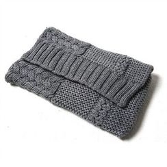 JVLLY - Flap Knit Clutch with Chain Strap