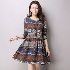 Supernova - Long-Sleeve Patterned A-Line Dress