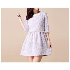 Strawberry Flower - 3/4 Sleeved Embellished Pleated Dress