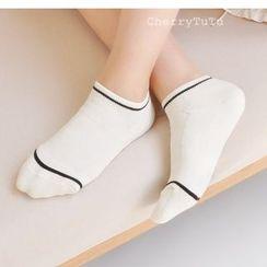 櫻桃兔兔 - 條紋襪子