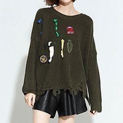 Myrtle - Applique Slit Back Distressed Sweater