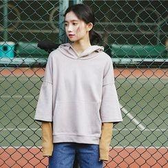Hanme - 3/4-Sleeve Hooded Pullover