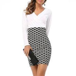 LIVA GIRL - Printed Panel Long Sleeve Sheath Dress