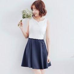 Tokyo Fashion - Lace Panel Sleeveless Dress