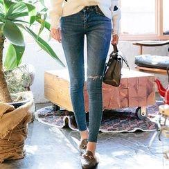 chuu - Slit-Knee Washed Skinny Jeans