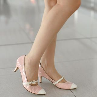 yeswalker - Pointy Bow-Accent Mary Jane Pumps