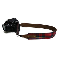 ideer - Scottie Stewart Rouge Camera Strap