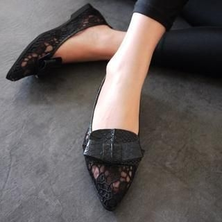 SV Footwear - Bow-Accent Lace Pointy Flats