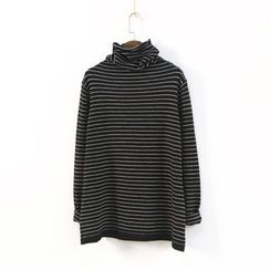Ranche - Striped Turtleneck Knit Top