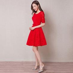 皇家尚品 - 中袖蕾丝礼服裙