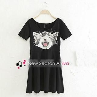 JVL - Short-Sleeve Cat Print Skater Dress