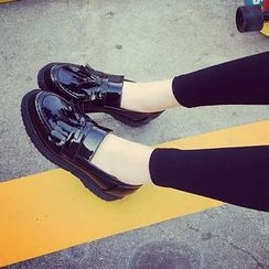 Micha - Tasseled Fringed Loafers