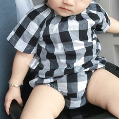 MOM Kiss - Baby Set:  Plaid Short-Sleeve Top + Shorts
