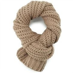THE COVER - Cable-Knit Scarf