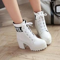 佳美 - 字母粗跟厚底系带短筒靴