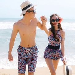 Beach Date - Couple Floral Swimsuit
