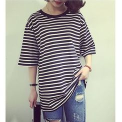 Oaksa - 3/4-Sleeve Striped T-Shirt