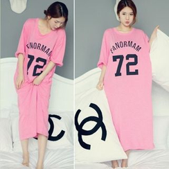 Au Naturel - Number Elbow-Sleeve T-shirt Dress
