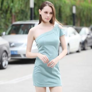 YiGelila - One-Shoulder Dress
