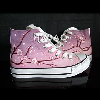 HVBAO - 'Plum Blossom' High-Top Canvas Sneakers