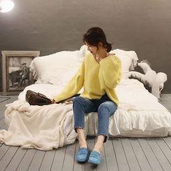 NANING9 - V-Neck Waffle-Knit Sweater