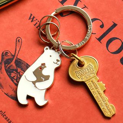 Cute Essentials - Bear Key Chain