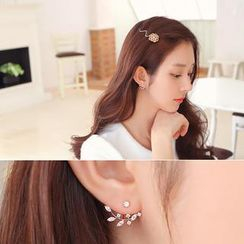 soo n soo - Rhinestone Flower Earrings