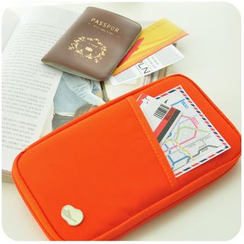 Momoi - Travel Wallet