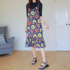 WITH IPUN - Sleeveless Floral Pattern Dress