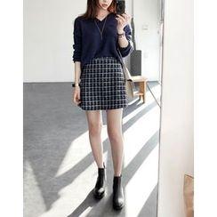 UPTOWNHOLIC - Tweed A-Line Skirt