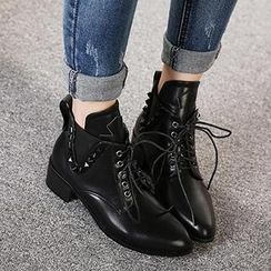 Mancienne - Lace-Up Studded Ankle Boots
