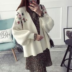 Qimi - Flower Embroidered Cardigan