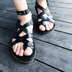 Hipsteria - Cross Strap Sandals