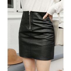 UPTOWNHOLIC - Zip-Front Faux-Leather Mini Skirt
