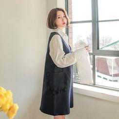Seoul Fashion - V-Neck Sleeveless Shift Dress