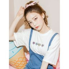 icecream12 - Heart Embroidered Crewneck T-Shirt