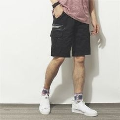 Mr.C studio - Camouflage Cargo Shorts