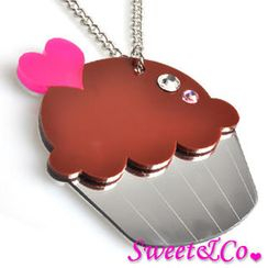 Sweet & Co. - Sweet&Co. XL Mirror Chocolate Cupcake Silver Necklace