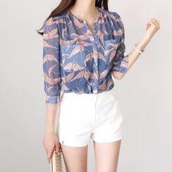 Seoul Fashion - Dual-Pocket Patterned Chiffon Blouse